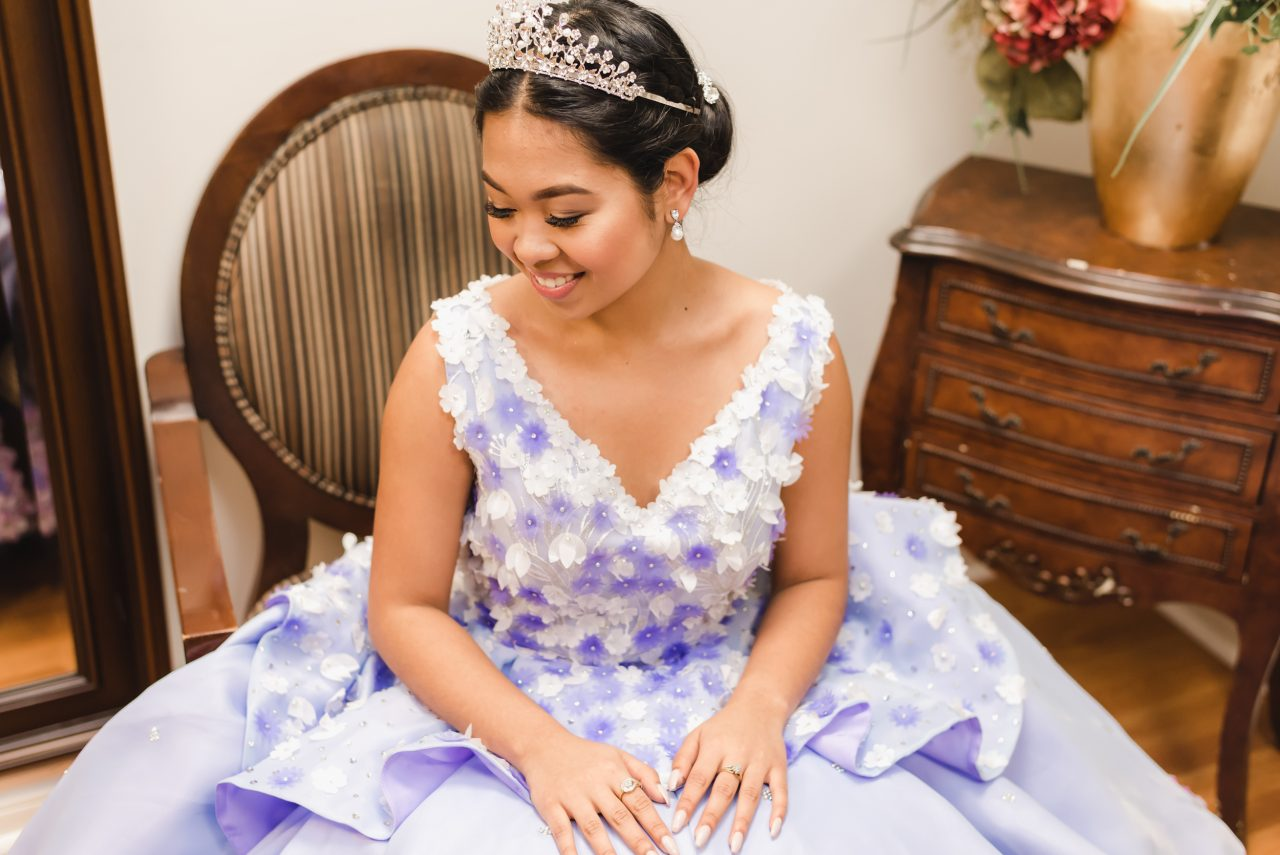 Solo shoots at Ayessa's Filipino Debut taking place in Vaughan Ontario