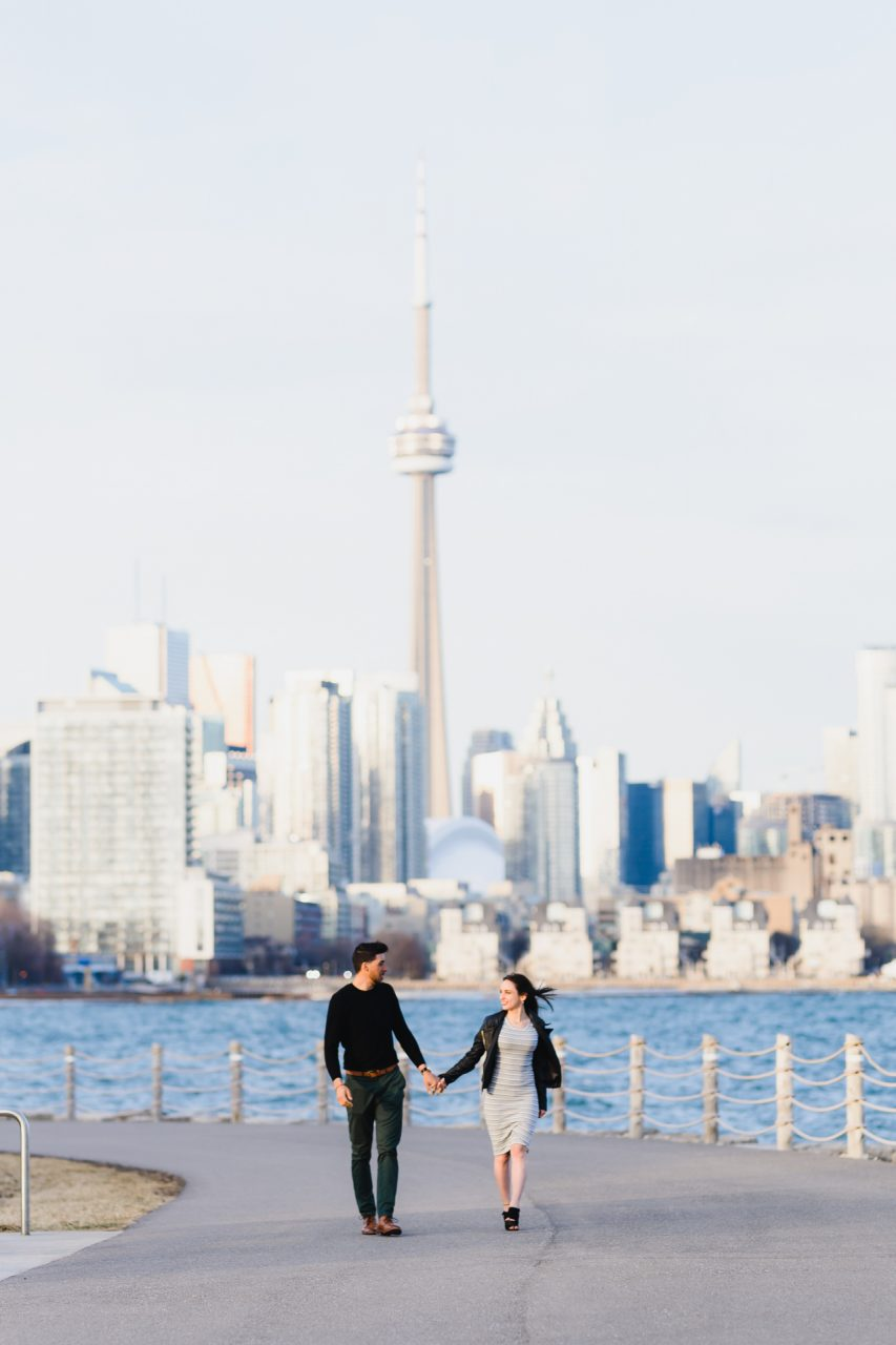 couple photo shoot at Trillium Park in Toronto with a Toronto skyline and waterfront