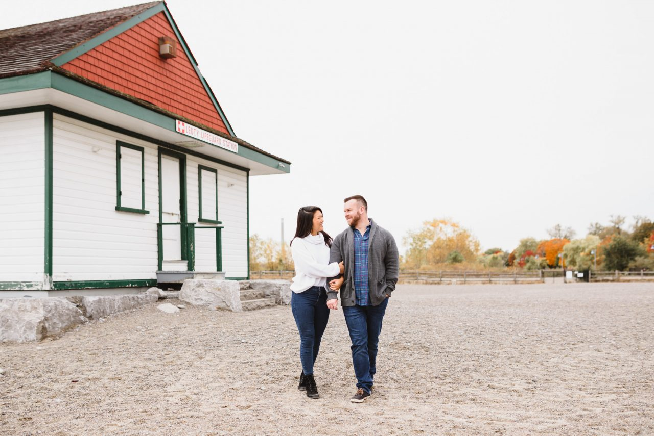 engagement pictures at Woodbine Beach
