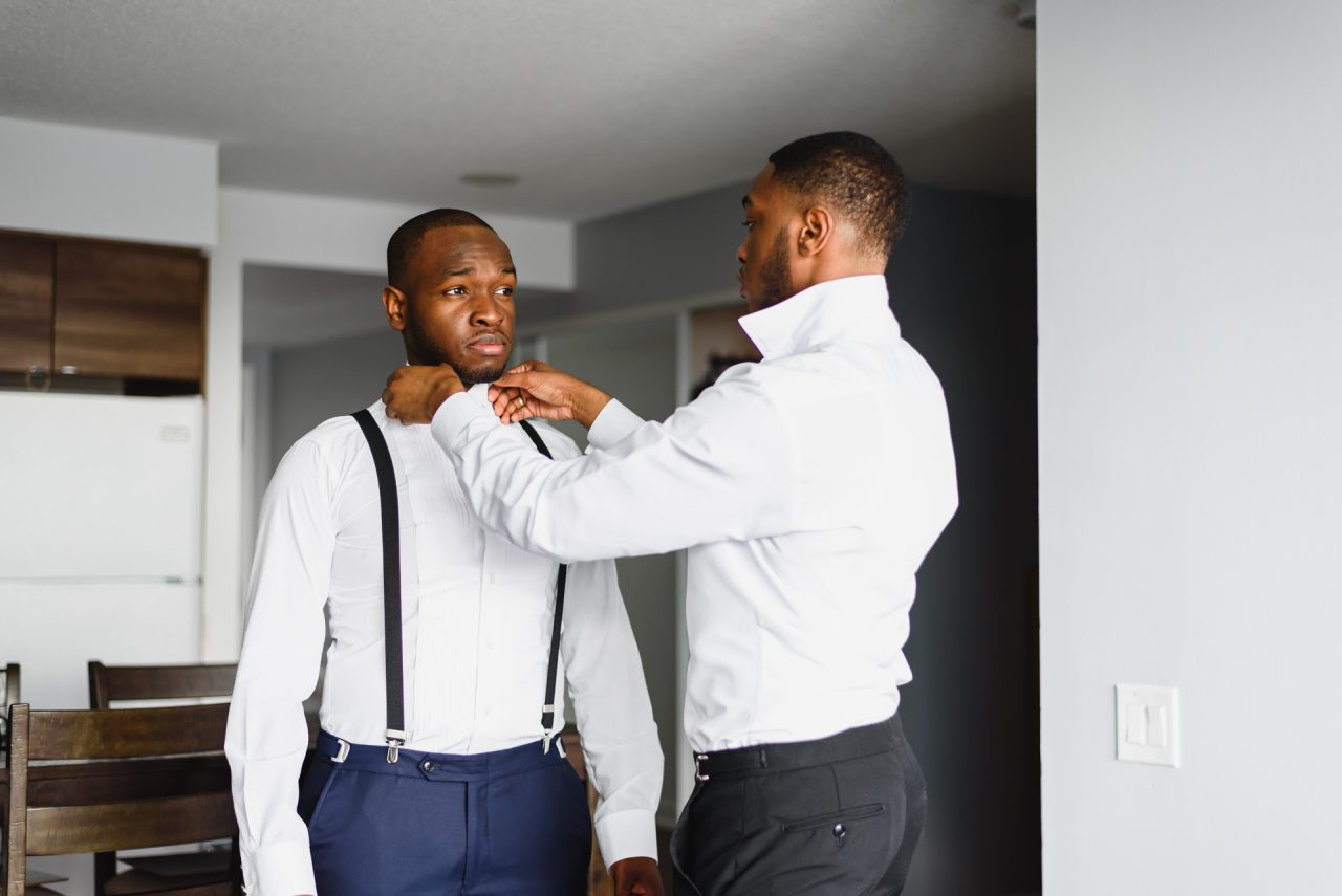 groom is getting ready
