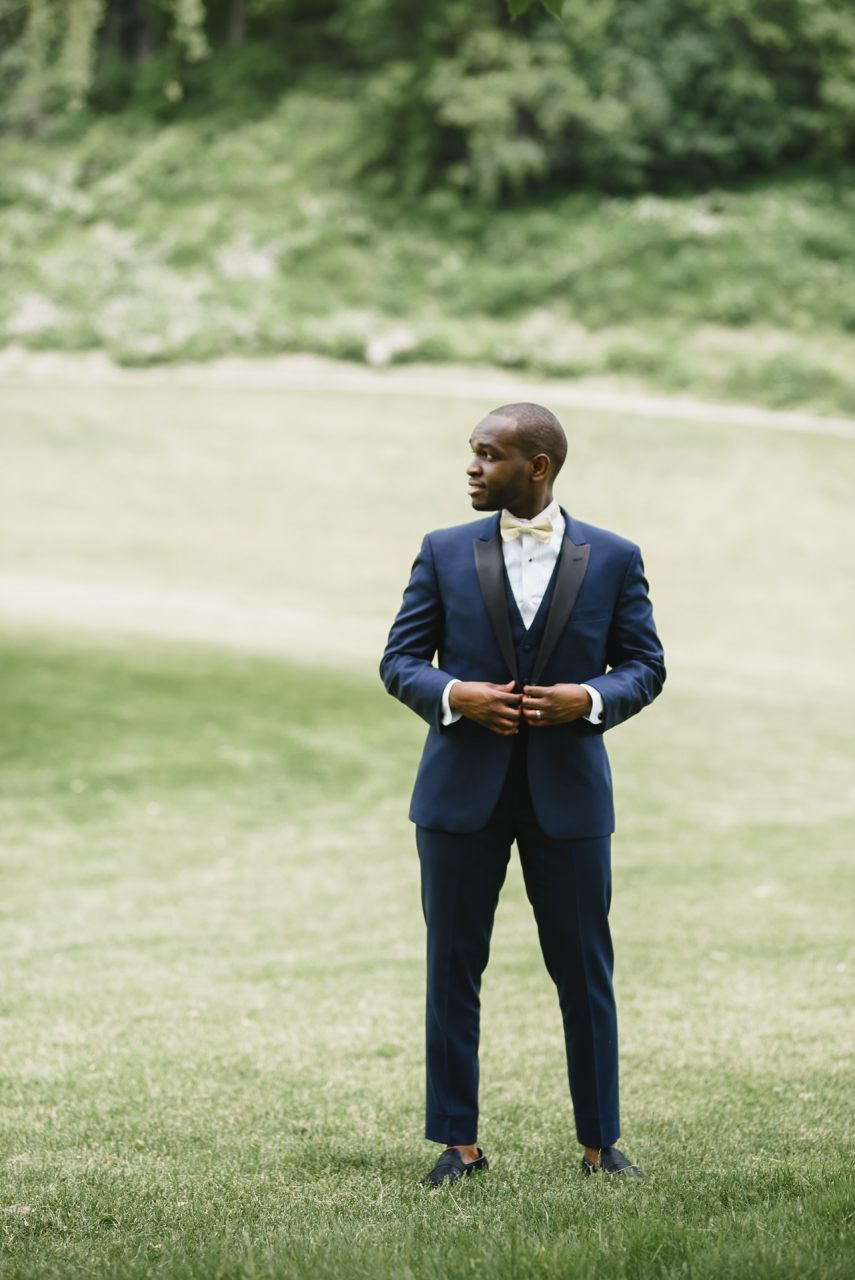 groom portrait at Bayview Golf and Country Club, Toronto
