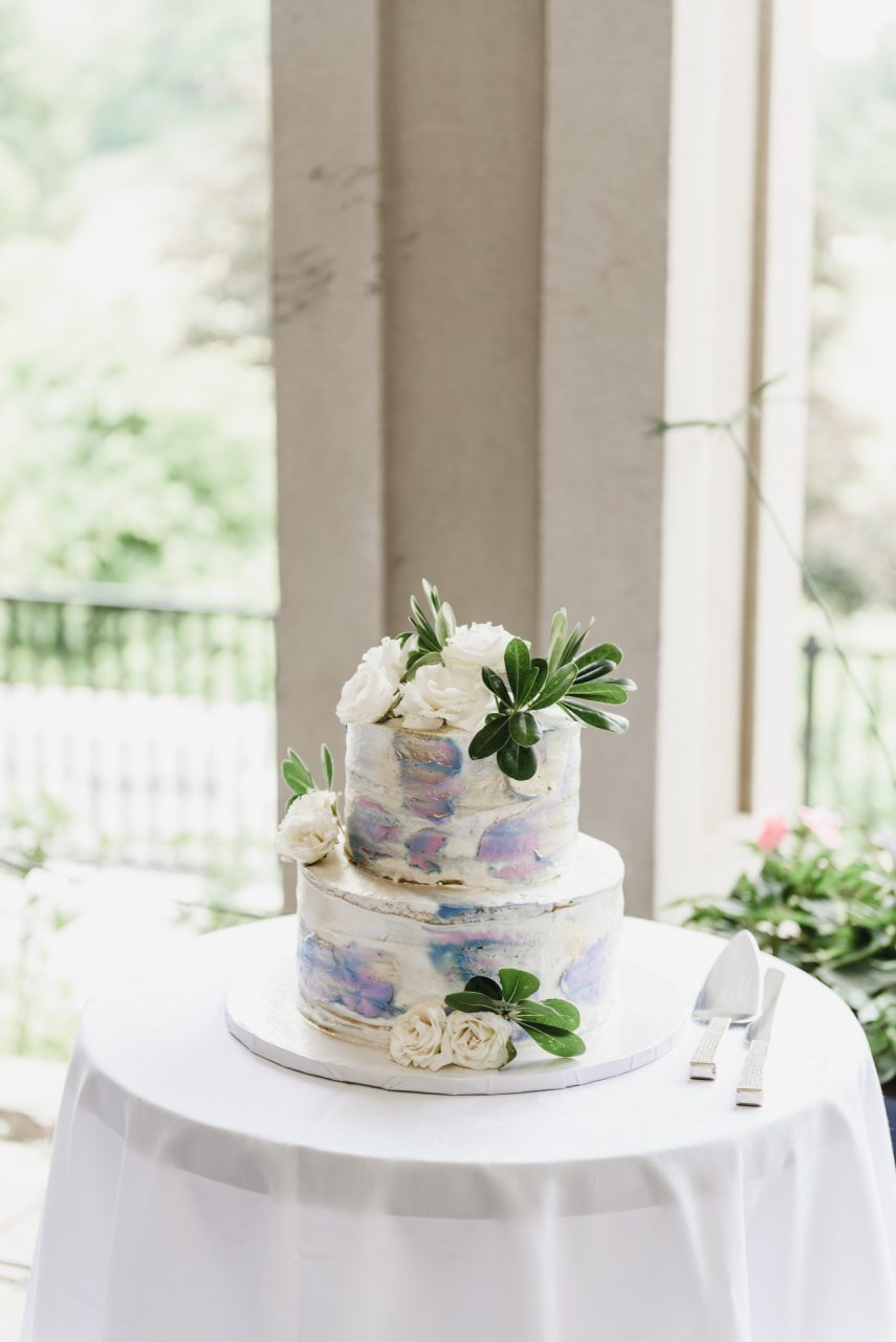 Bayview Golf and Country Club wedding cake
