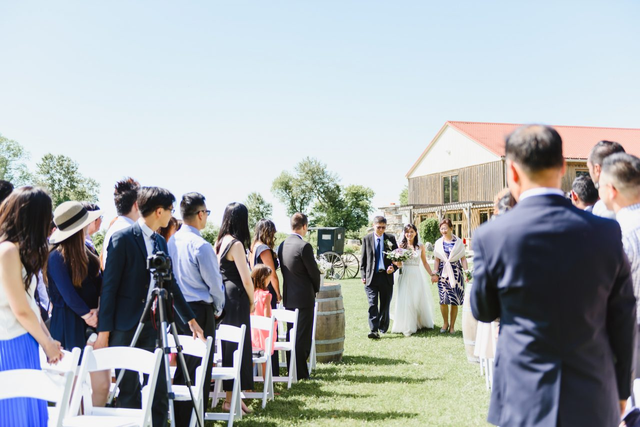 holland marsh wineries wedding outdoor ceremony