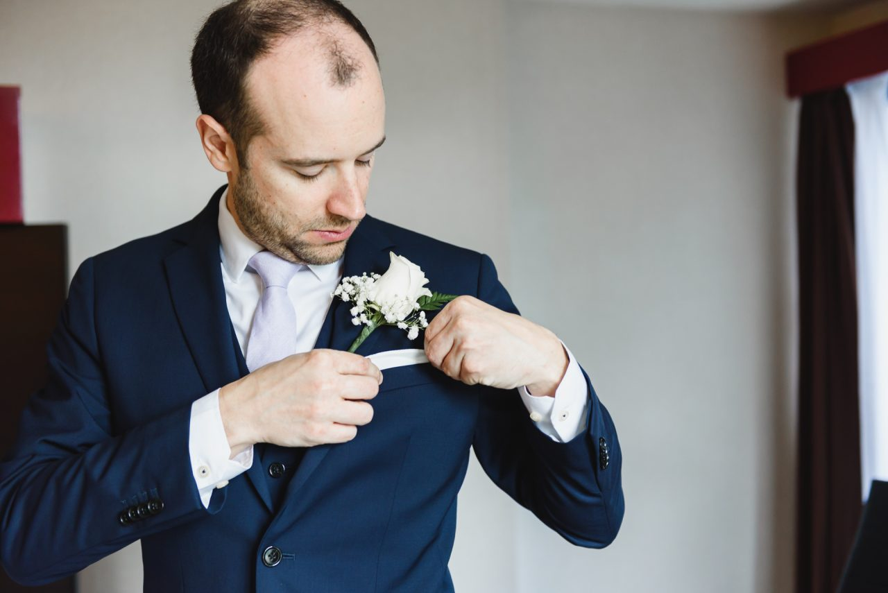 groom getting ready picture taken in Toronto
