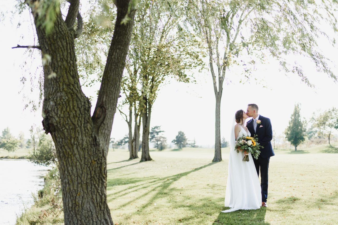 wedding picture taken at Cardinal Lakes Golf Club, Welland Niagara