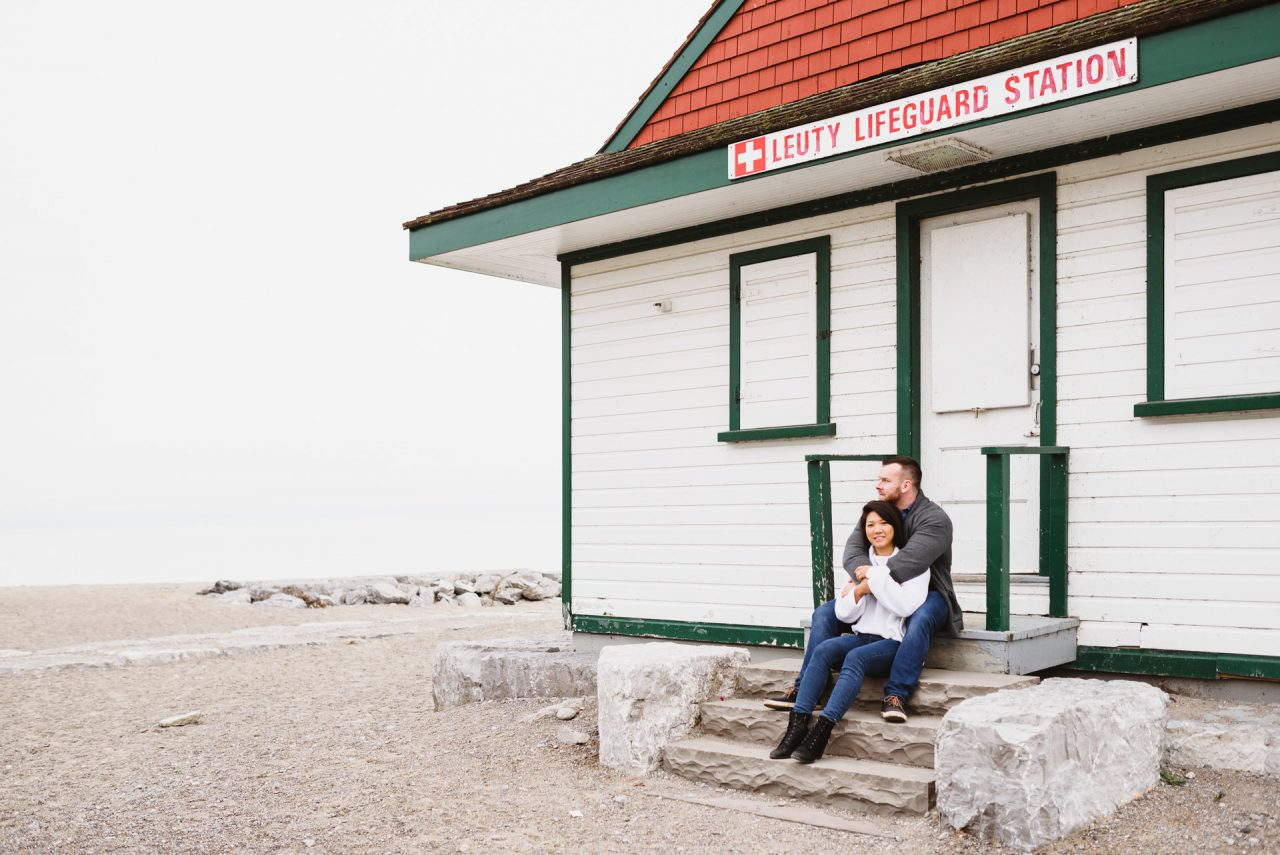 engagemnt picture taken at the beaches in Toronto